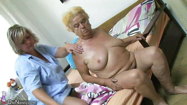 Ahora una chica necesita un beso caliente para sentir ancianas violadas xxx una emoción tremenda.