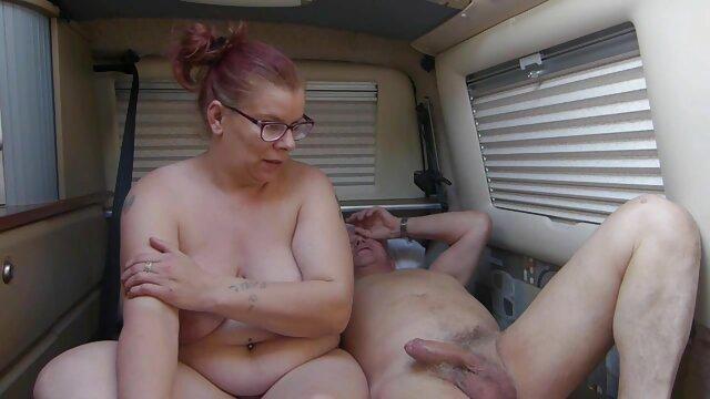 Prostituta asiática saltando sobre un videos de ancianas masturbandose pene carnoso