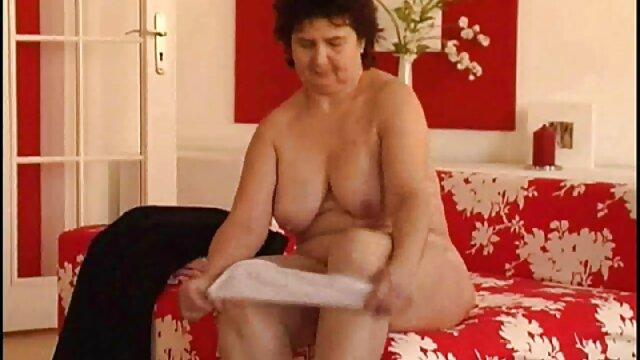 Puta lujuriosa monta una enorme polla negra videos pornos de ancianas con jovencitos