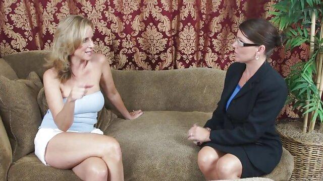 Sexo duro con video xxx ancianas la zorra Kylie Kalvetti