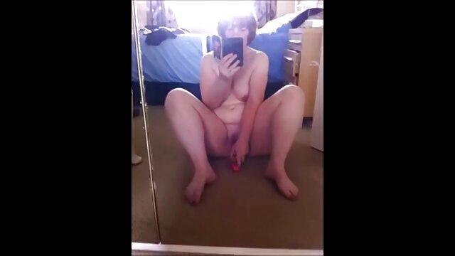 Un videos gratis sexo con viejos culo precioso se esconde bajo la manta
