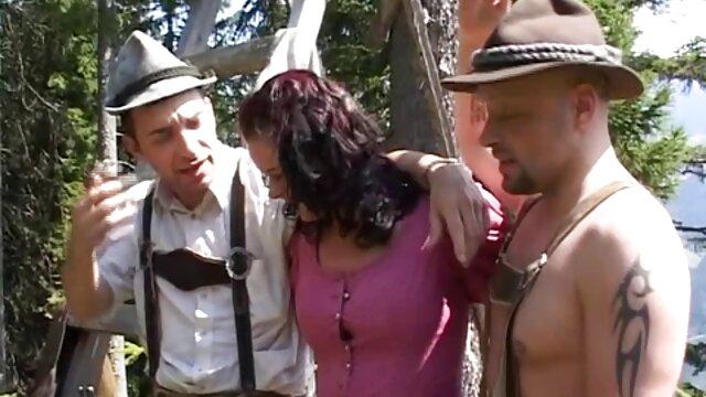 Dos lesbianas tienen videos de ancianas culonas sexo salvaje